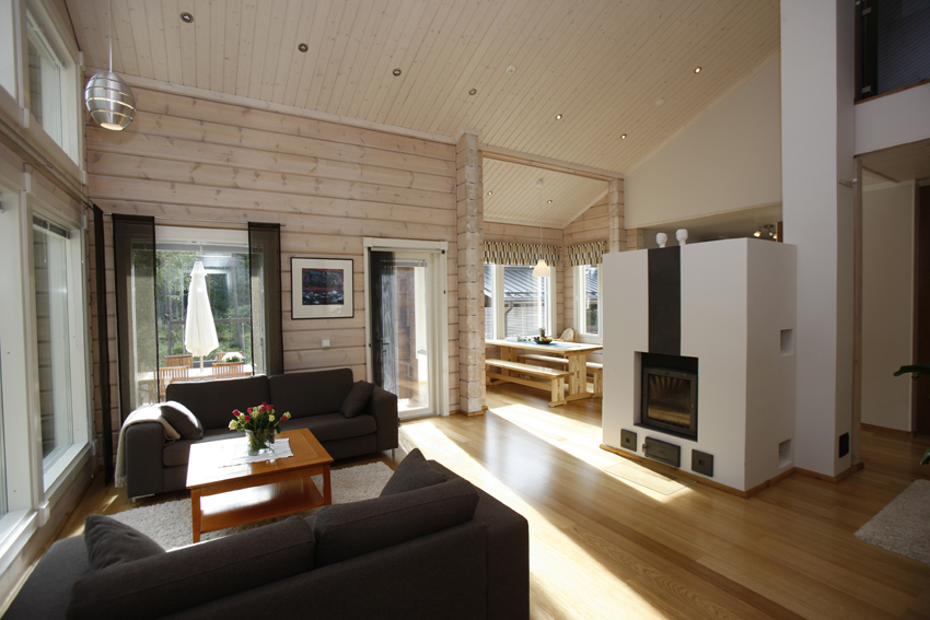 Chalet madera casas de madera caba as rurales for Modelos de techos para galerias
