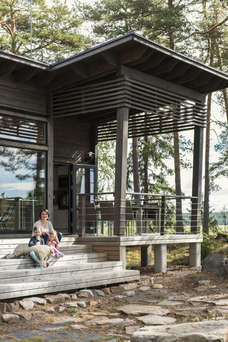 Imagen de una casa de troncos típica